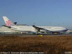 China Airlines B-18805 Airbus A340-300