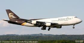 UPS 747-400 N570UP