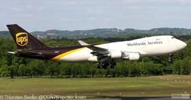 UPS 747-400 N581UP