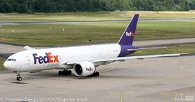 FedEx 777-200 N889FD