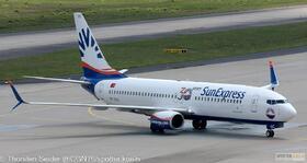 SunExpress 737-800W TC-SOC_