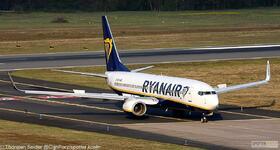 Ryanair_737-800W_EI-EBN