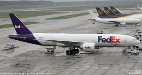 FedEx 777-200 N842FD
