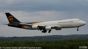 UPS 747-800 N617UP
