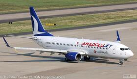 AnadoluJet 737-800W TC-JGC