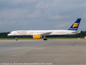 TF-FIW Icelandair B757-200