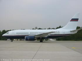 VP-BBU Ford-Air 737-705